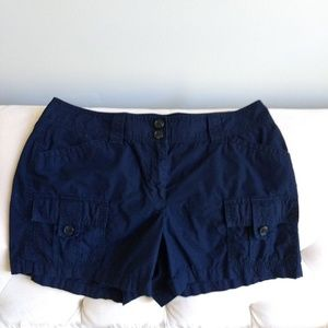 ANN TAYLOR SHORTS 12 Signature Fit Navy